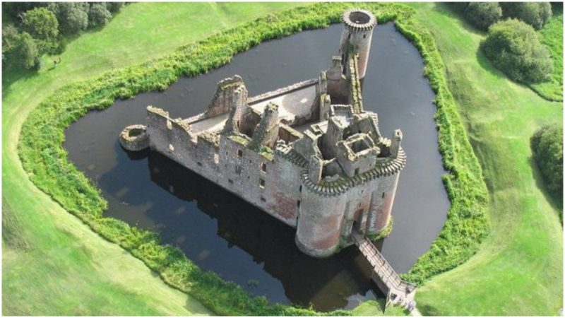 Digging the Moat: 2 Non-Obvious Concepts for Startups